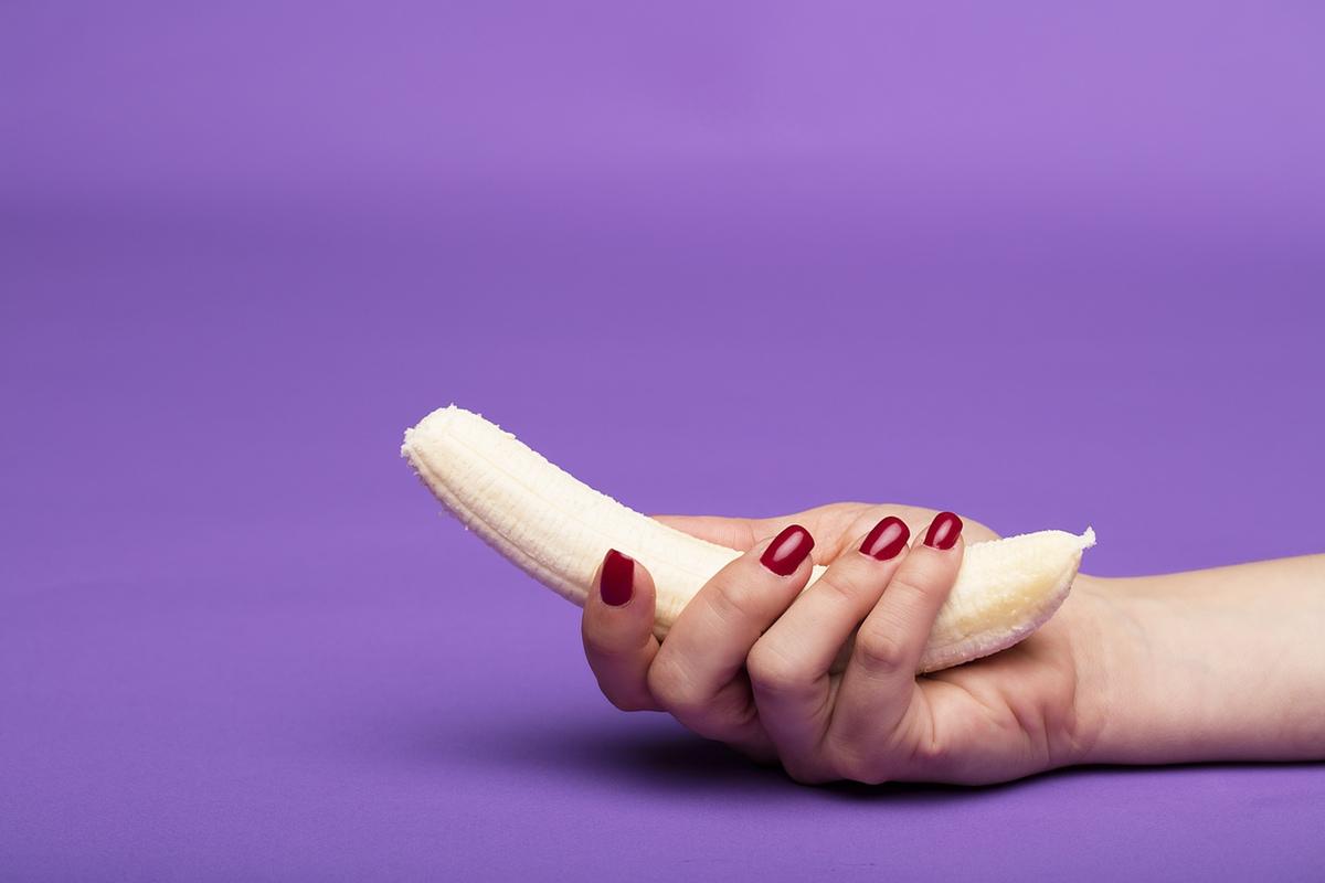 banana in hand