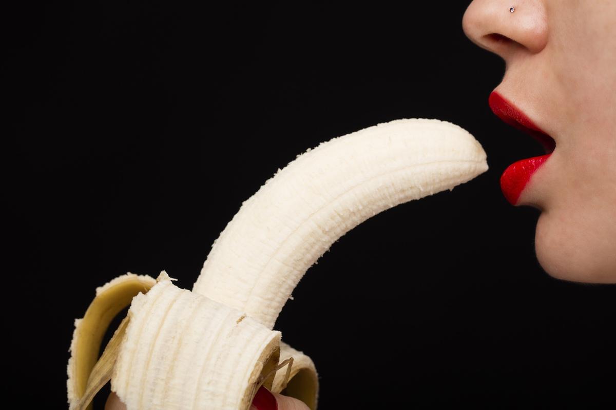 hot girl sexy banana erotic