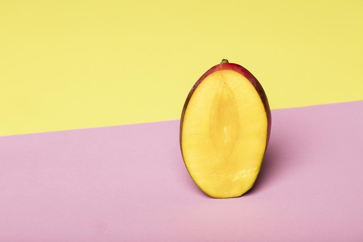 mango yonic resembling female genitalia