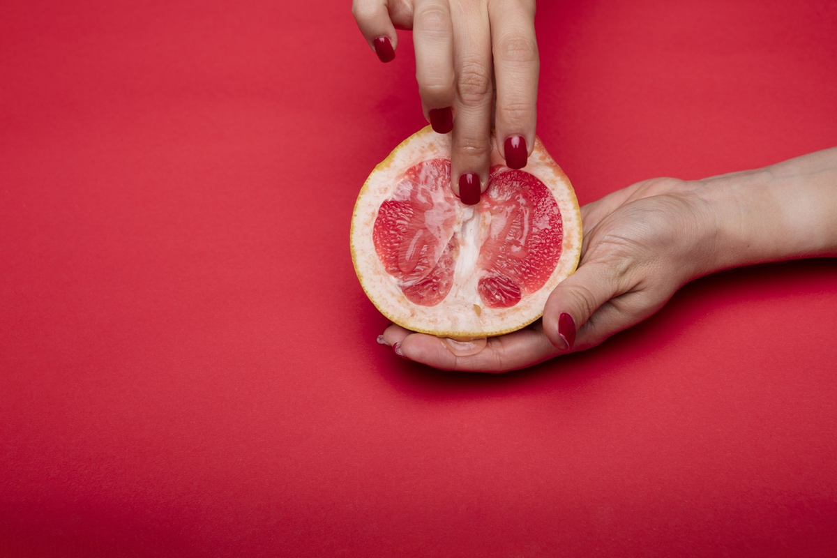 pomegranade hands sex art