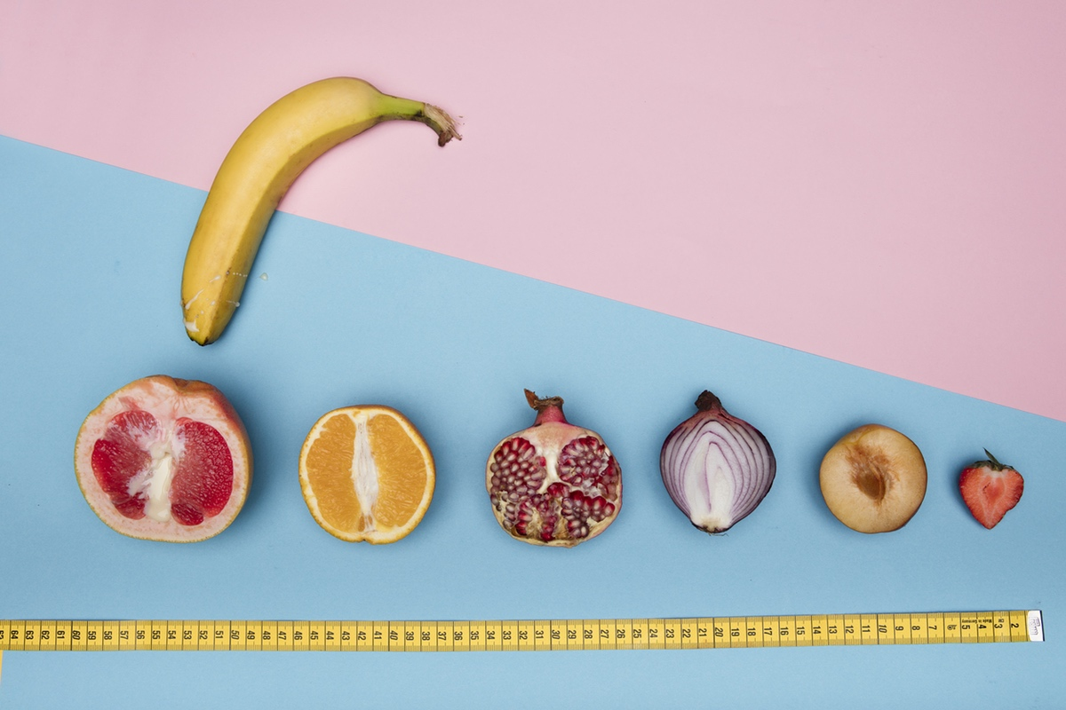 yonic fruits and banana