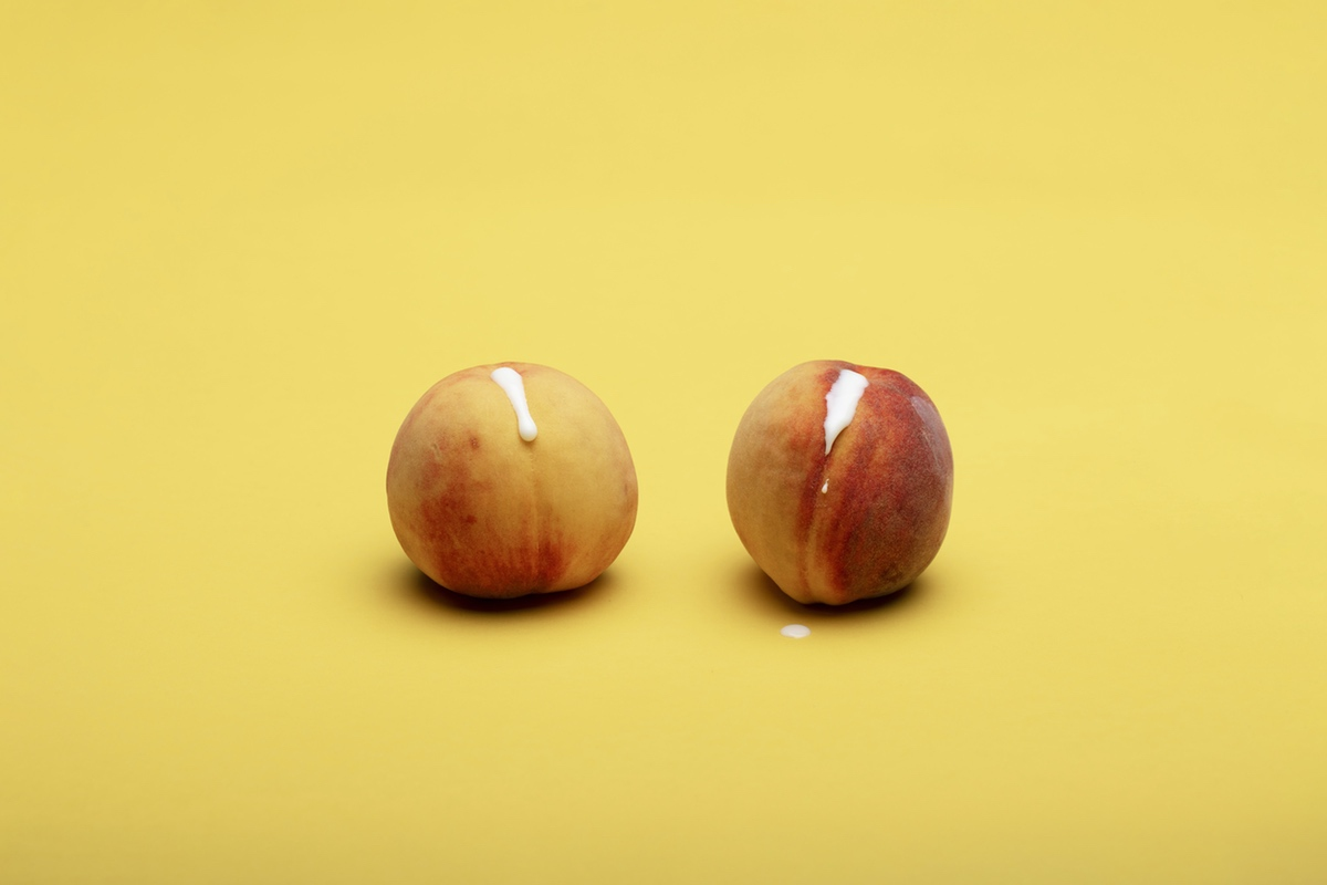 yonic peaches erotic art